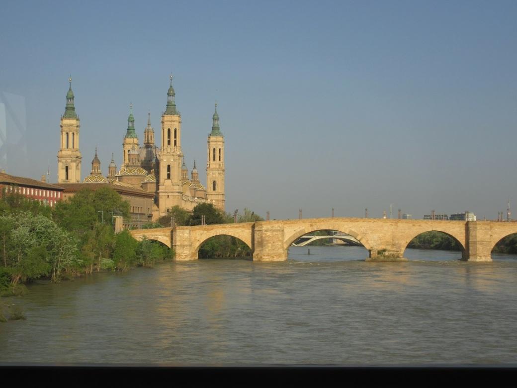 Vue du Pilar Zaragoza (1)